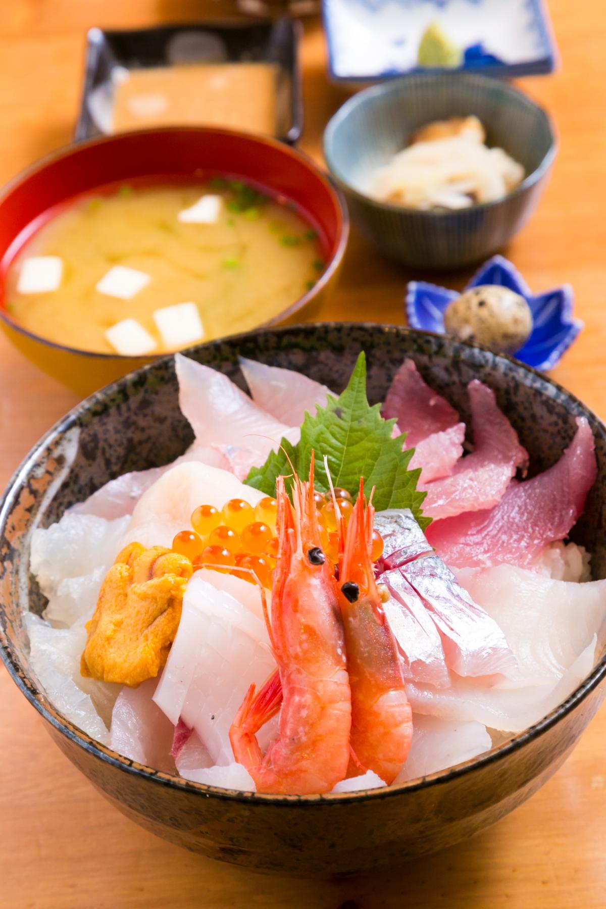 生月海鮮丼(上)2,000円
