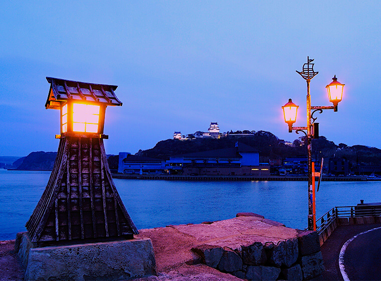 平戸城と常橙の鼻