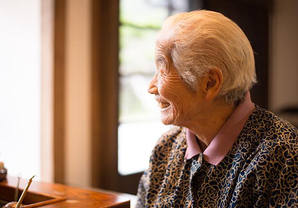 世界遺産の春日集落に住むおばあちゃん