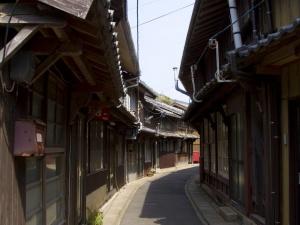 神浦地区の町並み